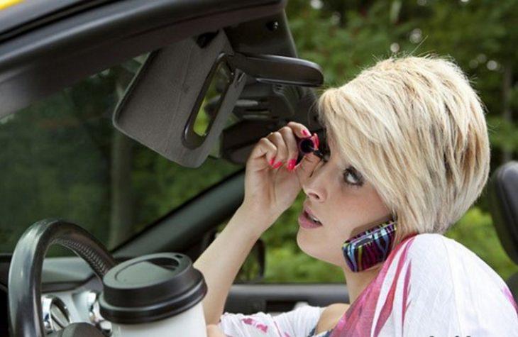 Когда девушка за рулем: 35 очень смешных фотографий