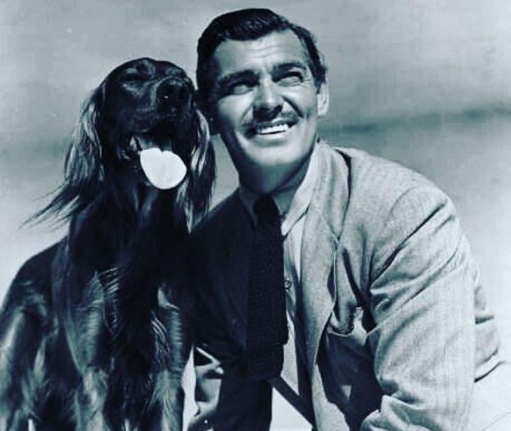 Clark Gable_retro znamenitost' i sobaka
