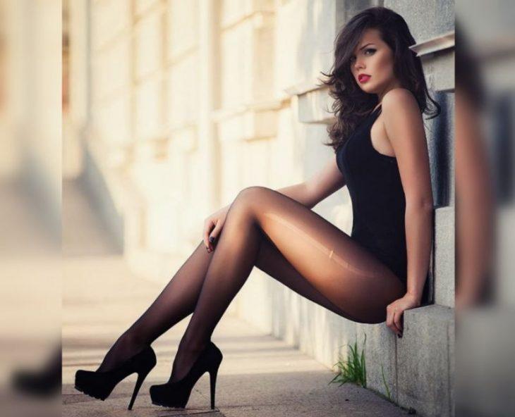 Девушки с красивыми ногами: 30 фото